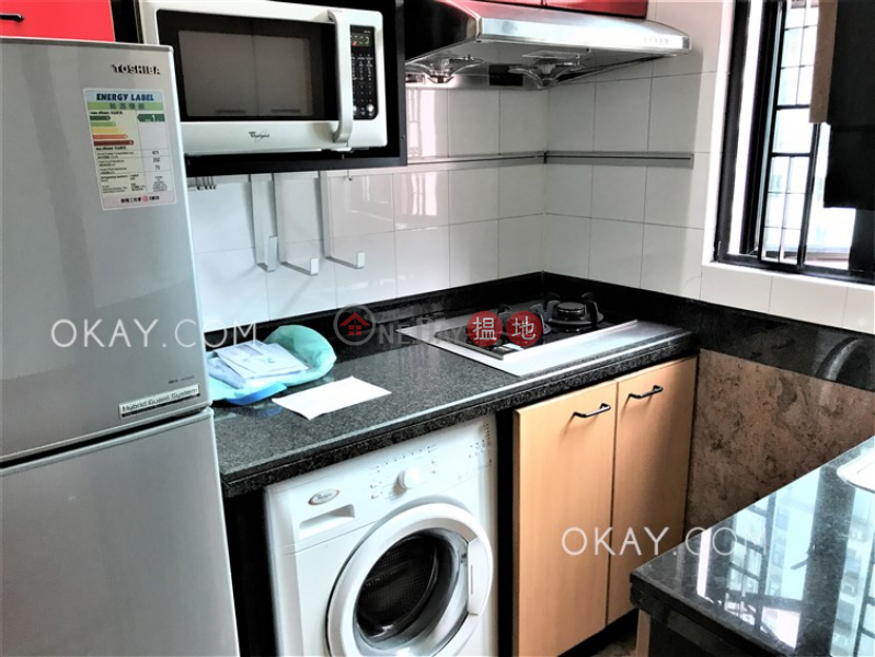 Stylish 3 bed on high floor with harbour views   Rental   Fairview Height 輝煌臺 Rental Listings