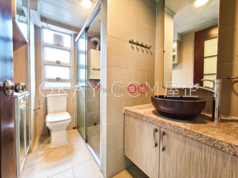 香港搵樓 租樓 二手盤 買樓  搵地   住宅 出售樓盤3房1廁,實用率高,極高層,連車位信達閣出售單位