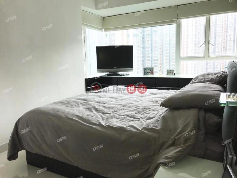 Tower 6 Phase 1 Tierra Verde | 2 bedroom Low Floor Flat for Sale, 33 Tsing King Road | Kwai Tsing District Hong Kong, Sales HK$ 12M