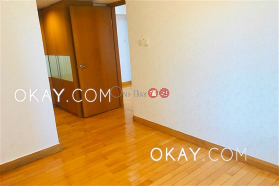 HK$ 49,000/ month The Waterfront Phase 1 Tower 1, Yau Tsim Mong Unique 3 bedroom in Kowloon Station | Rental