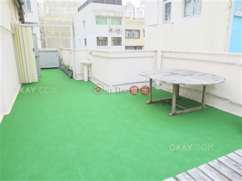 HK$ 14.5M King Inn Mansion Wan Chai District, Gorgeous 2 bedroom on high floor with rooftop | For Sale
