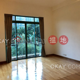 Unique house with terrace, balcony | Rental