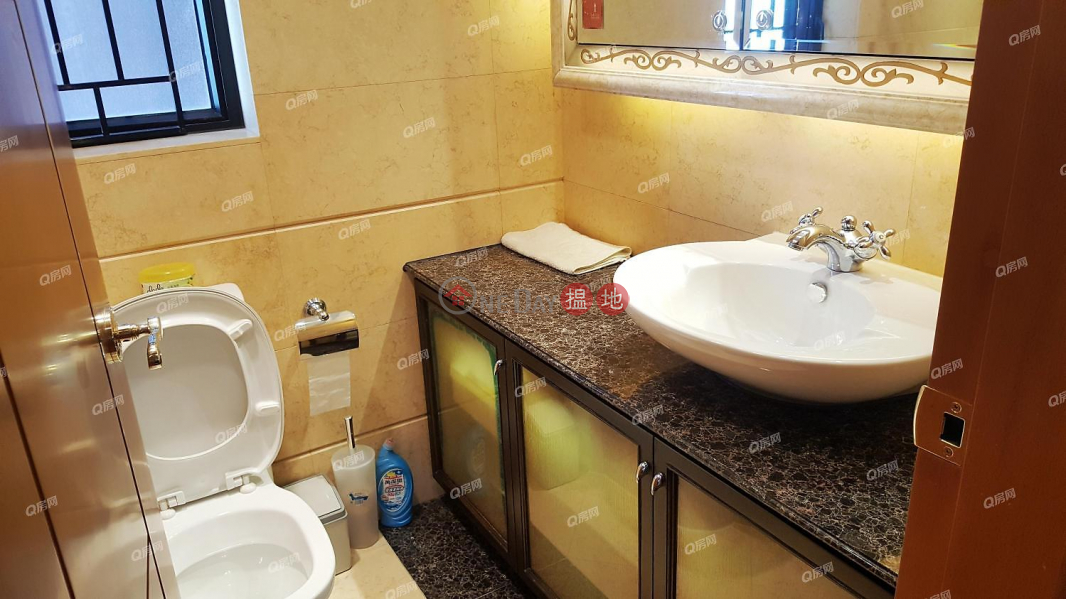 The Arch Sun Tower (Tower 1A)   3 bedroom Mid Floor Flat for Sale   The Arch Sun Tower (Tower 1A) 凱旋門朝日閣(1A座) Sales Listings