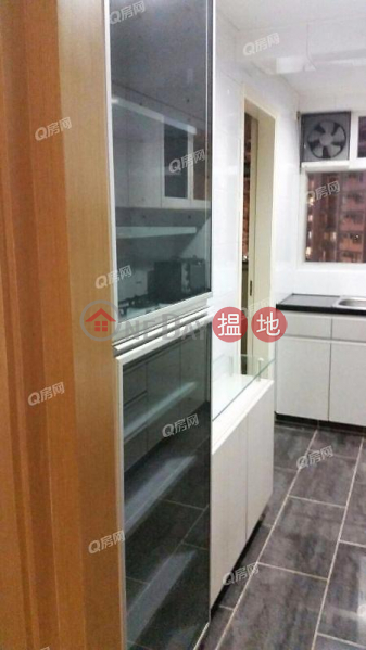 內街清靜,實用兩房《碧瑤灣25-27座租盤》-550域多利道 | 西區香港|出租HK$ 40,000/ 月