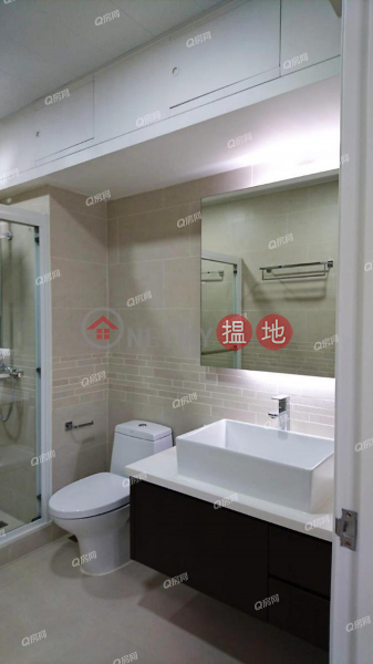 HK$ 57,000/ month, The Broadville, Wan Chai District, The Broadville | 3 bedroom Mid Floor Flat for Rent