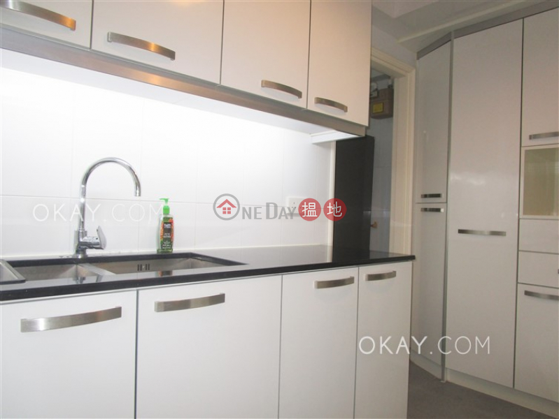 Charming 3 bedroom with balcony & parking | Rental | 49C Shouson Hill Road | Southern District | Hong Kong | Rental HK$ 58,000/ month