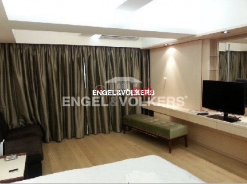 Studio Flat for Rent in Soho, 41-43 Gough Street 歌賦街41-43號 Rental Listings | Central District (EVHK60224)