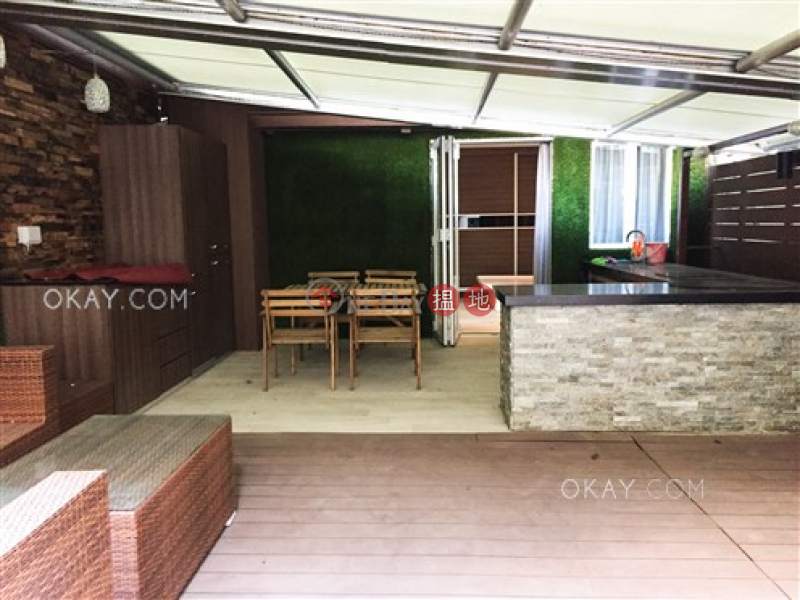 Cozy studio with terrace   Rental 45-53A Graham Street   Central District Hong Kong Rental   HK$ 28,000/ month