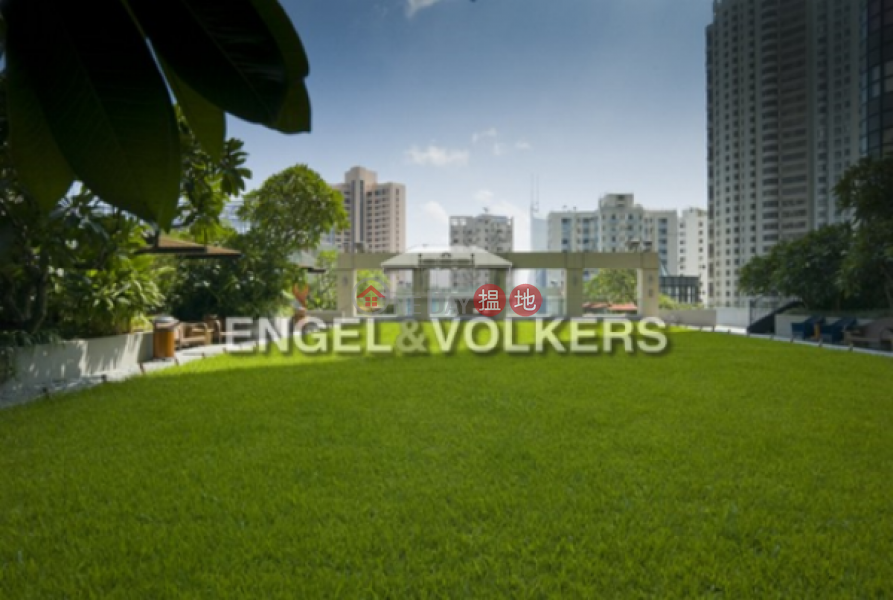 HK$ 150,100/ month Queen\'s Garden Central District, 3 Bedroom Family Flat for Rent in Central Mid Levels