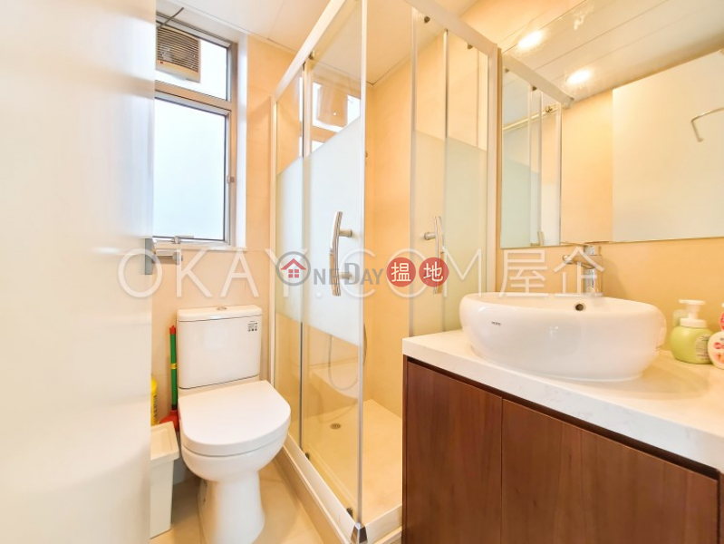 Property Search Hong Kong | OneDay | Residential | Rental Listings | Charming 2 bedroom on high floor with sea views | Rental
