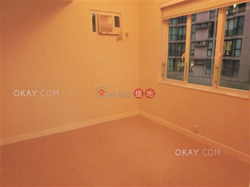 3房2廁《愉安大廈出租單位》|灣仔區愉安大廈(Village Mansion)出租樓盤 (OKAY-R1192)