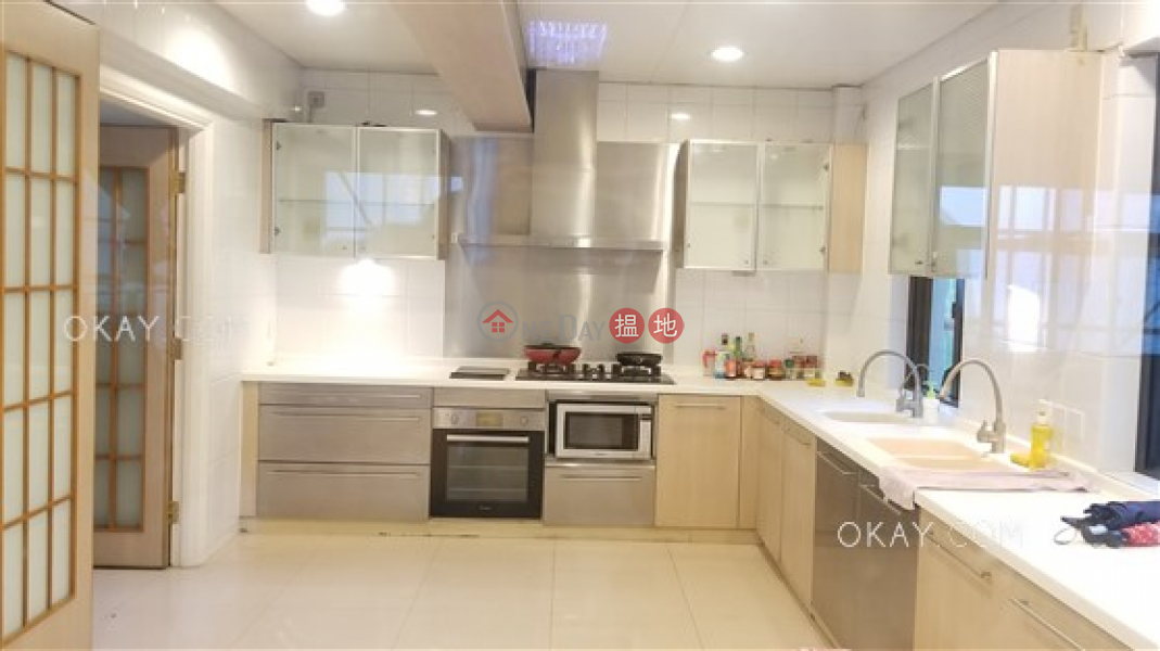 Beautiful house with sea views & balcony | For Sale | Barbecue Gardens Block 1 聽濤邨1座 Sales Listings