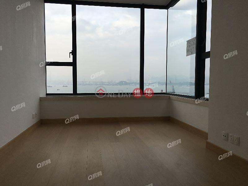 Upton | 3 bedroom Low Floor Flat for Sale | Upton 維港峰 Sales Listings