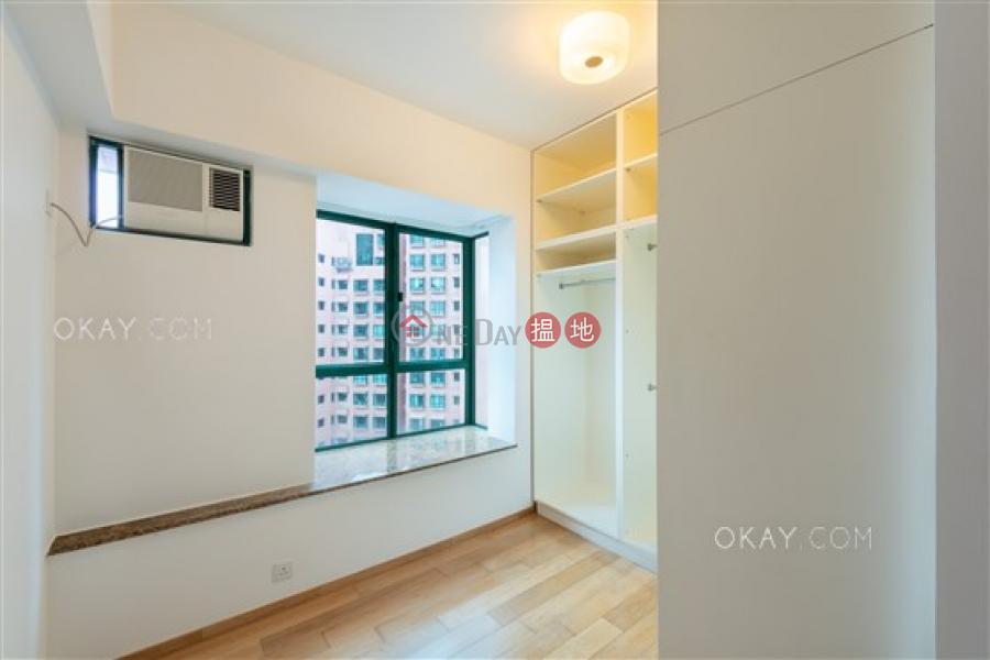 HK$ 38,000/ 月-曉峰閣-中區 2房1廁,實用率高,星級會所,可養寵物《曉峰閣出租單位》