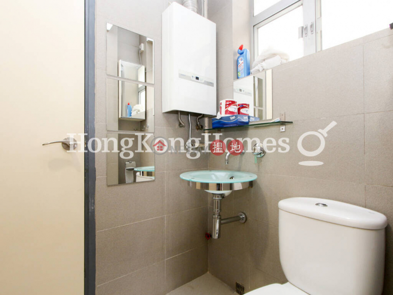 3 Bedroom Family Unit for Rent at 36-36A Kennedy Road | 36-36A Kennedy Road 堅尼地道36-36A號 Rental Listings