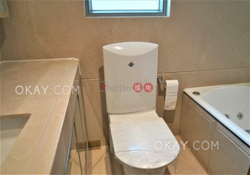 HK$ 45,000/ 月|羅便臣道31號西區|3房2廁,星級會所,可養寵物,連車位《羅便臣道31號出租單位》