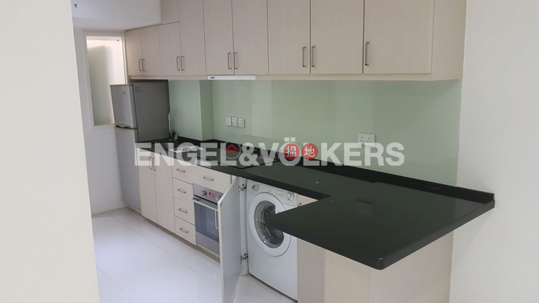 Property Search Hong Kong | OneDay | Residential, Rental Listings | 1 Bed Flat for Rent in Sheung Wan