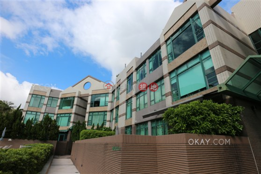 HK$ 35M | Stanford Villa Block 4 | Southern District | Exquisite 3 bed on high floor with rooftop & parking | For Sale