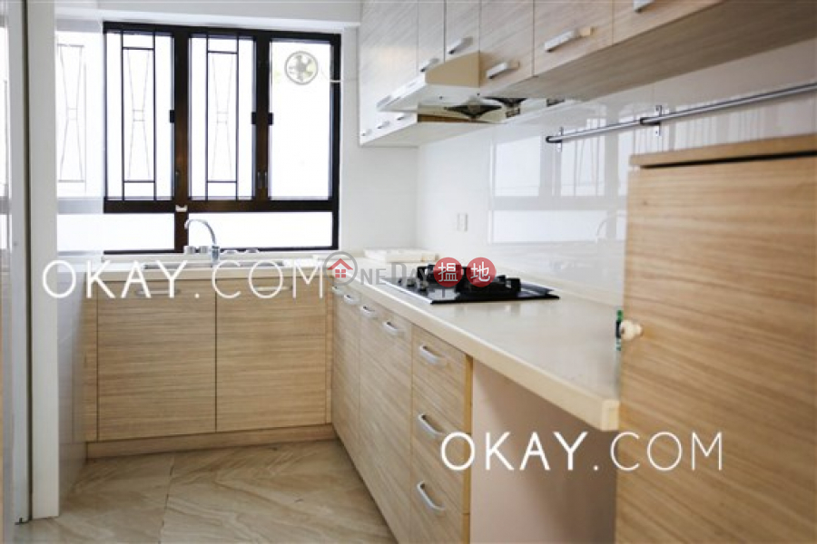HK$ 60,000/ month Goldson Place, Southern District, Gorgeous 3 bedroom with parking | Rental
