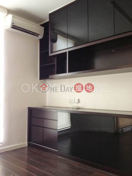 HK$ 35M | Village Garden, Wan Chai District Rare 3 bedroom on high floor with rooftop | For Sale