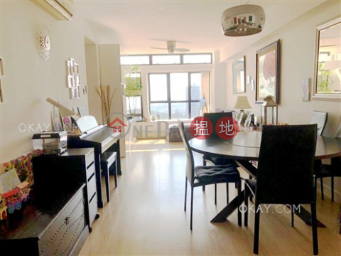 Intimate 3 bedroom on high floor with sea views | For Sale|Discovery Bay, Phase 5 Greenvale Village, Greenbelt Court (Block 9)(Discovery Bay, Phase 5 Greenvale Village, Greenbelt Court (Block 9))Sales Listings (OKAY-S298128)_0