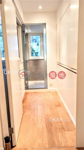 HK$ 22M, 61-63 Hollywood Road, Central District | Elegant 2 bedroom in Sheung Wan | For Sale