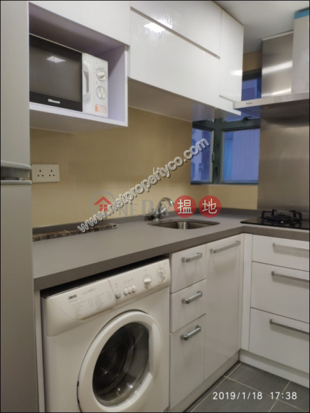 Apartment in Sheung Wan for Rent 1 Queens Street | Western District | Hong Kong, Rental, HK$ 25,000/ month