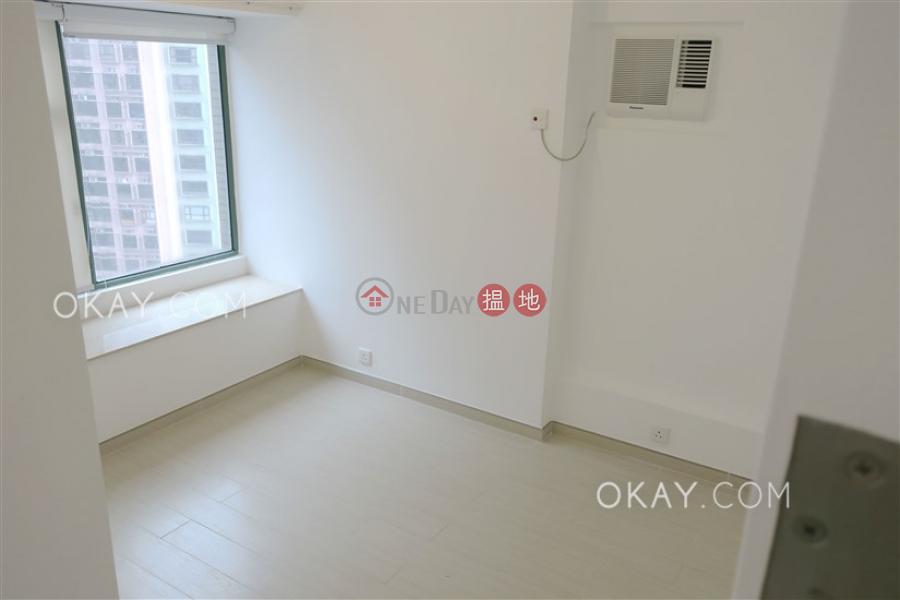 Elegant 2 bedroom in Mid-levels West | For Sale 70 Robinson Road | Western District Hong Kong Sales | HK$ 25M