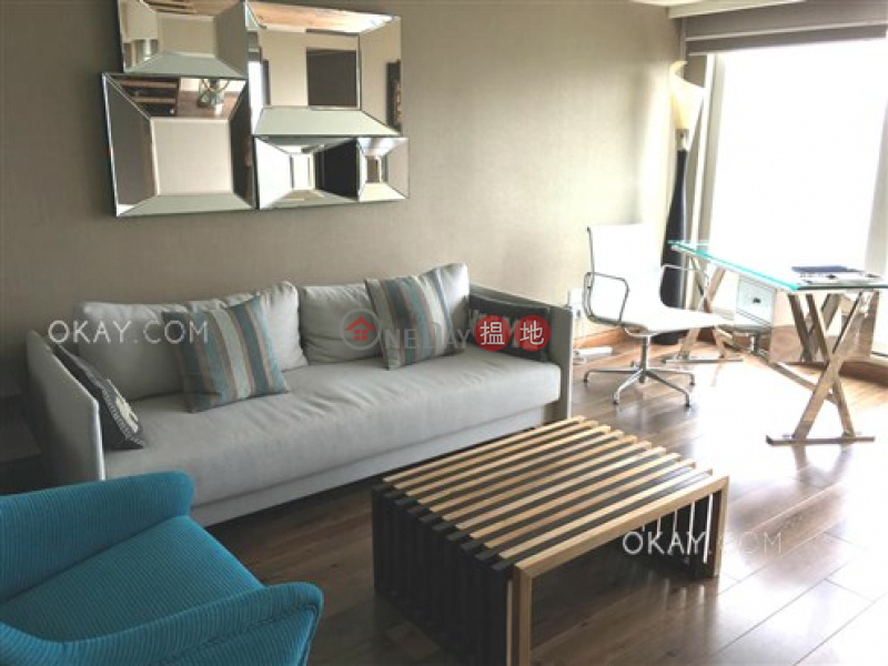 Stylish 2 bedroom with sea views & parking | For Sale | Block 6 Casa Bella 銀海山莊 6座 Sales Listings