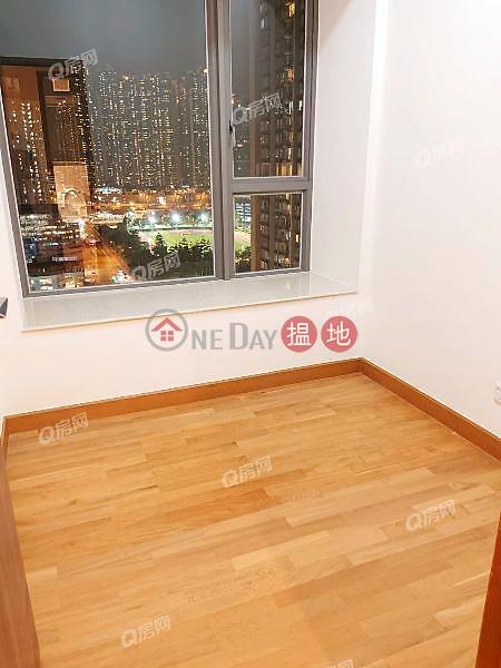 Heya Star Tower 1 | 3 bedroom Mid Floor Flat for Rent 368 Castle Peak Road | Cheung Sha Wan Hong Kong | Rental HK$ 31,500/ month