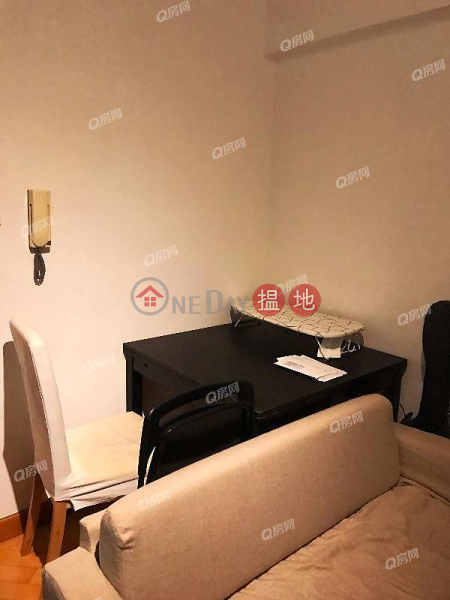 Property Search Hong Kong | OneDay | Residential | Rental Listings The Bonham Mansion | 2 bedroom Low Floor Flat for Rent