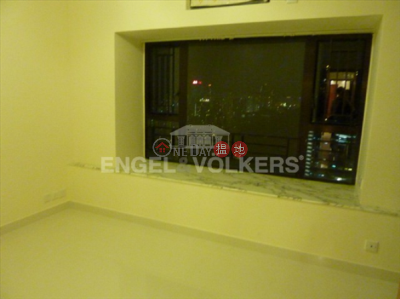 Property Search Hong Kong | OneDay | Residential Sales Listings | 3 Bedroom Family Flat for Sale in Causeway Bay