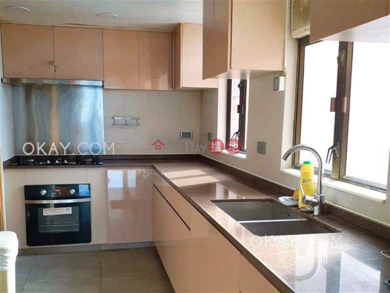 Nicely kept 4 bedroom with parking | Rental | Everwell Garden 常康園 Rental Listings