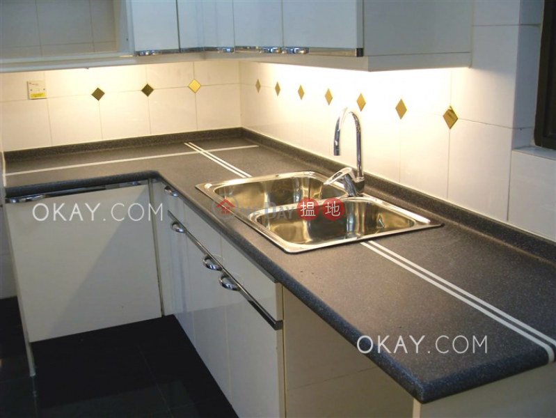 Lovely 3 bedroom on high floor with parking | For Sale | 1 King\'s Park Rise | Yau Tsim Mong | Hong Kong | Sales, HK$ 27M