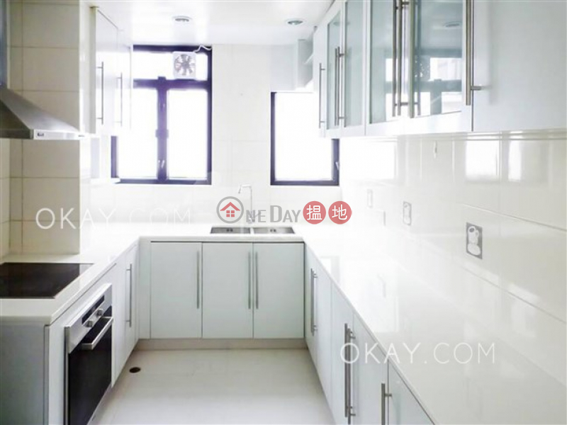 Charming penthouse with rooftop & parking | For Sale | Regent Palisades 帝柏園 Sales Listings