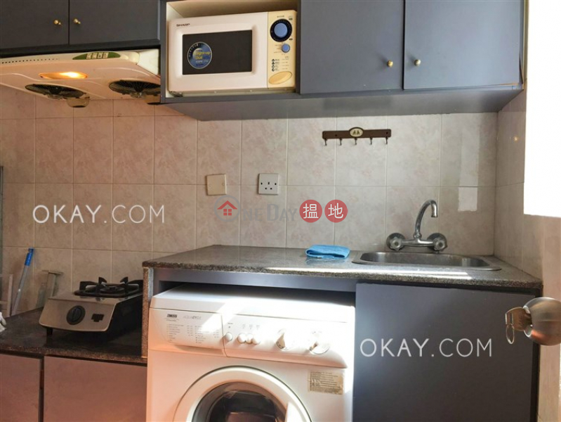 HK$ 25,000/ month, Wing Fai Building Western District Lovely 2 bedroom on high floor | Rental