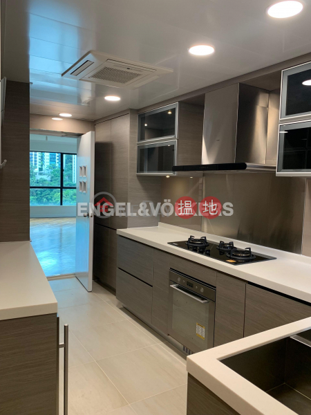 HK$ 93,000/ month, Dynasty Court, Central District, 3 Bedroom Family Flat for Rent in Central Mid Levels