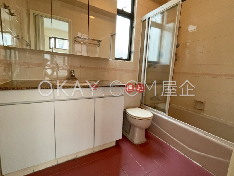 Sun and Moon Building   High, Residential, Rental Listings   HK$ 40,000/ month