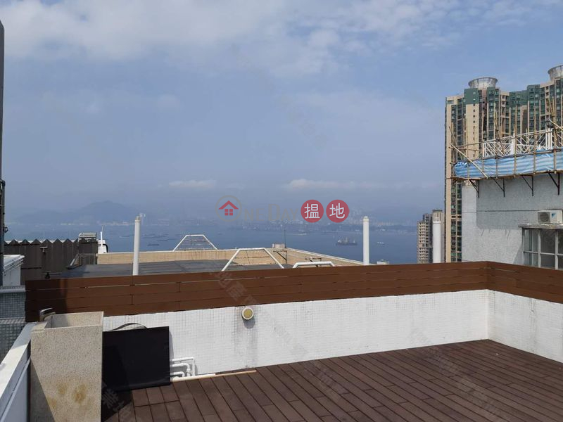 Duplex apartment with sky terrace & roof. | Academic Terrace Block 2 學士台第2座 Sales Listings