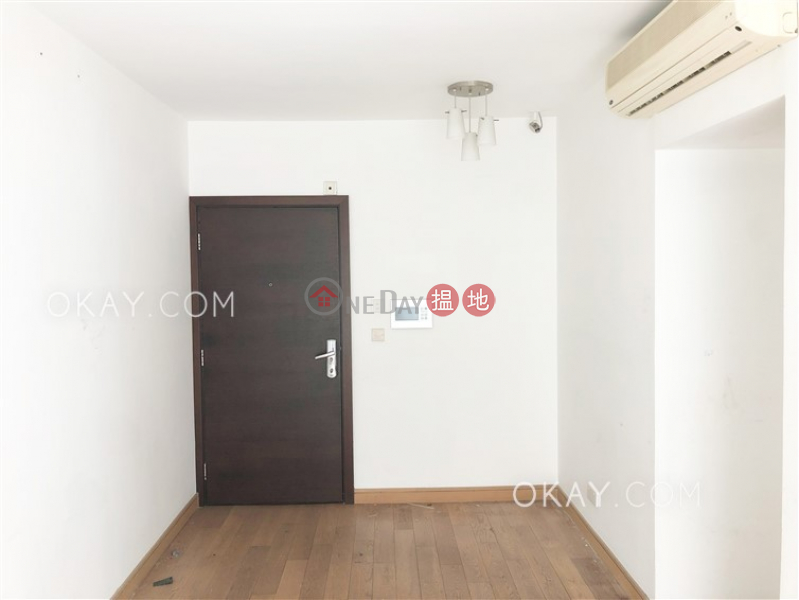 Gorgeous 2 bedroom with balcony   Rental, Centrestage 聚賢居 Rental Listings   Central District (OKAY-R61465)