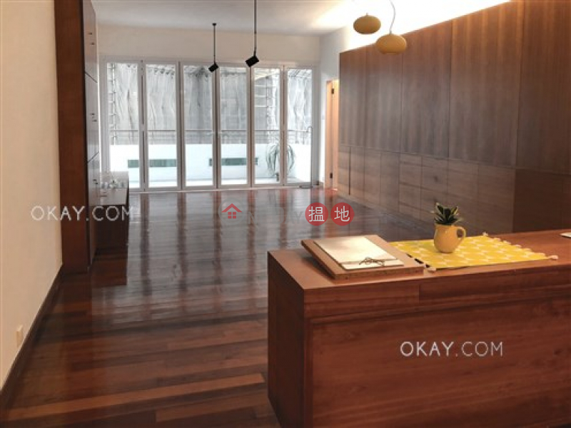 Efficient 2 bedroom with balcony | Rental | 66-68 MacDonnell Road | Central District | Hong Kong, Rental | HK$ 62,000/ month