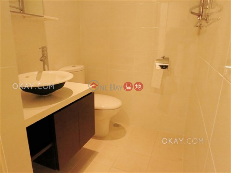 Efficient 3 bedroom with balcony & parking | Rental | Ventris Place 雲地利台 Rental Listings
