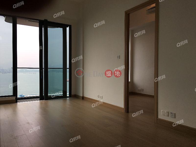 HK$ 37M Upton, Western District, Upton | 3 bedroom Low Floor Flat for Sale