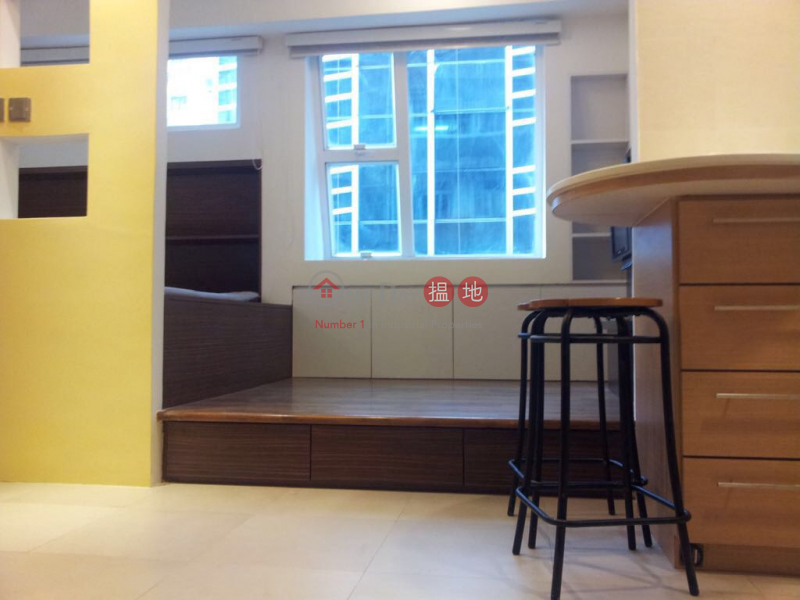 HK$ 16,500/ month | Cactus Mansion Wan Chai District | Partly furniture and electric appliances