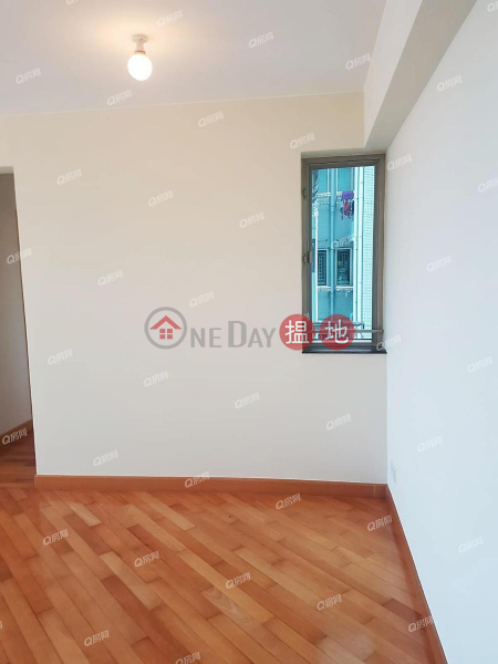 Property Search Hong Kong | OneDay | Residential | Rental Listings Sham Wan Towers Block 2 | 3 bedroom High Floor Flat for Rent
