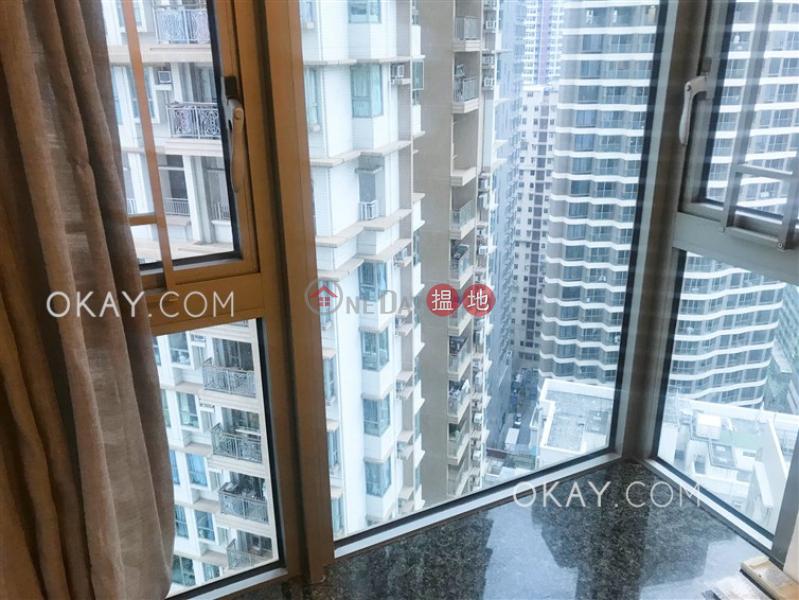 2房1廁,星級會所,可養寵物,露台《泓都出租單位》|38新海旁街 | 西區香港|出租-HK$ 25,000/ 月