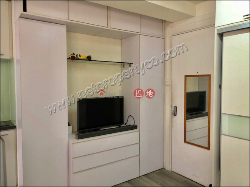 Studio furnished unit for rent in Wan Chai | Kwong Tak Building 廣德大樓 Rental Listings