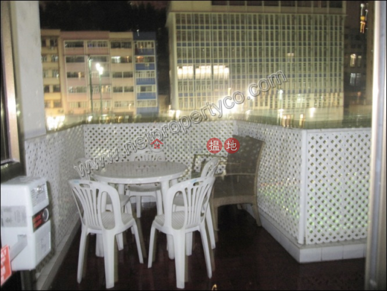 Property Search Hong Kong | OneDay | Residential, Rental Listings | Apartment with Rooftop for Rent in Mid-Levels Centr