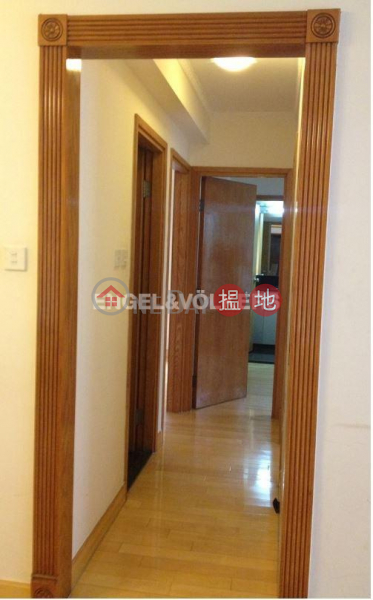 HK$ 35,000/ month | Hollywood Terrace | Central District, 3 Bedroom Family Flat for Rent in Soho