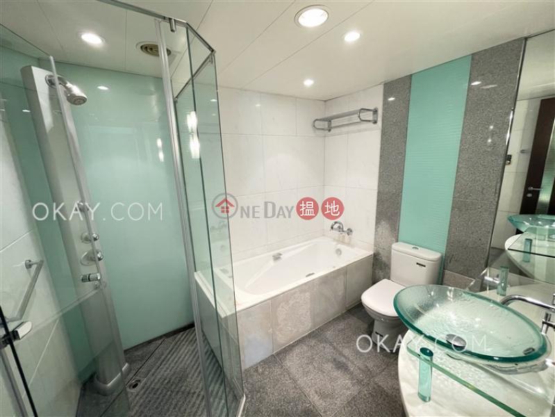 3房2廁,星級會所,露台君臨天下1座出租單位1柯士甸道西   油尖旺香港 出租 HK$ 51,000/ 月